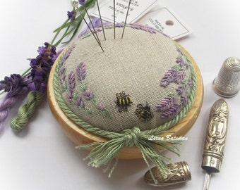 PP4 Lavender & Bees on Linen Pincushion Kit