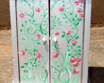 Silver Rose Wardrobe for dolls and doll houses