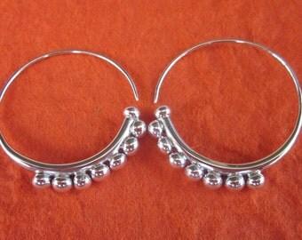 Hoop Sterling Silver Earrings / silver 925 / Balinese handmade jewelry / seven welded drops / (#1008K)