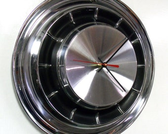 1961 Chrysler Wall Clock - Windsor Saratoga Newport Hubcap Clock - 60's Car Clock - Vintage Car Decor - Man Cave Clock