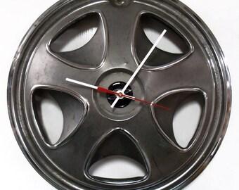 1972 - 1976 Datsun 260Z 280Z Hubcap Clock - Black Wall Clock - 1973 1974 1975 - Datsun Z
