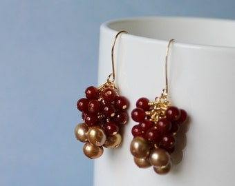 Gold fresh water pearls 7-7mm, Agate gemstone beads 4mm,  wire wrapped, gold plated earrings.