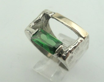 Great Sterling silver integrated 9K yellow gold Green CZ size 8.5 (s r100