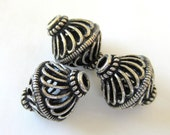 8 Antique silver Beads filigree openwork ethnic boho chic 12mm x 16mm   A1695-R1