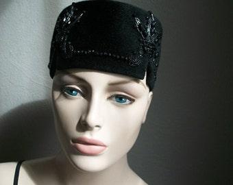 40s black wool felt hat with JET BEADING size 22