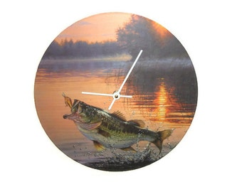 Unique Fish Wall Clock, Bass Clock for Man Cave Wall Decor, Father's Day Gift, Gift for him, Gift for Fisherman - 1420