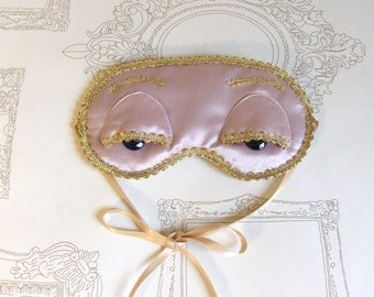 Vintage Pink Breakfast at Tiffany's sleep inspired mask.