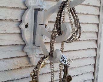 Vintage 3 Swivel Arm Iron Hooks / White Vintage / Jewelry Holder Wall Hook Hanger / Victorian Shabby Beach Cottage Chic Decor / Paris