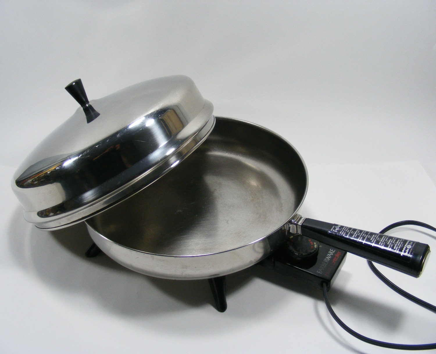 Farberware 310 A Electric Fry Pan 12 Skillet With Domed