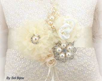Ring bearer pillow flower girl basket ivory cream by solbijou - Porte alliance vintage ...