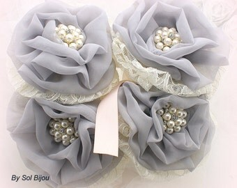 Bridesmaids Bouquets, Brooch Bouquets, Ivory,Gray, Blush,Maid of Honor,Toss Bouquets,Elegant Wedding, Chiffon, Lace, Pearls, Tulle, Crystals