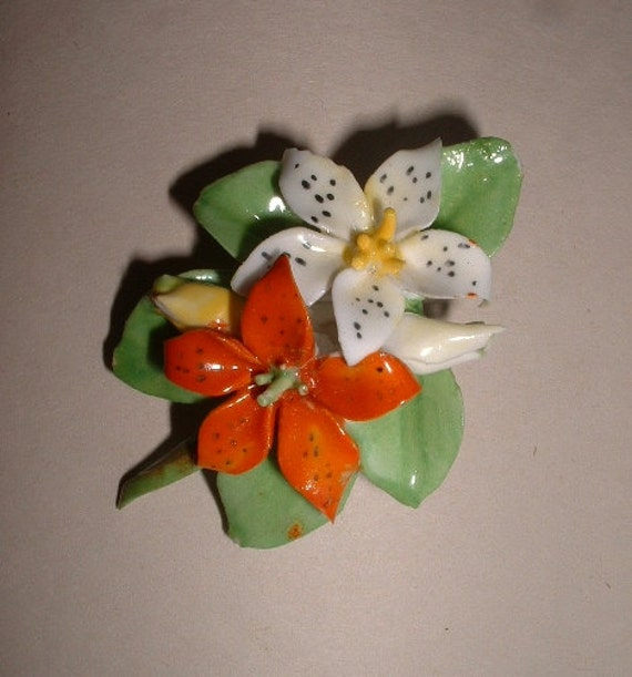 Pretty and Unusual Vintage Floral Bone China Brooch Made in England