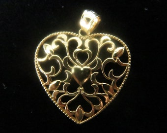 Gold plated sterling silver floral design heart pendant