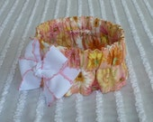 """Dog Collar Scrunchie: Wildflowers on Peach with bow - S 12"""" to 14"""" neck"""