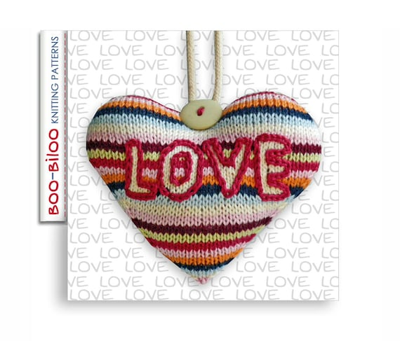 LOVE Heart hanging decoration knitting pattern