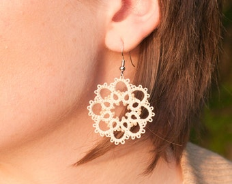 Lace bridesmaid earrings for brides and bridal party - Tatted lace jewelry - Bridesmaid gift - Wedding party earrings - Choice of color