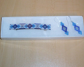 SALE-Shades of Blue Barrette and Earrings Set