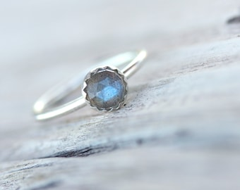 Delicate Rose Cut Labradorite Silver Ring Cute Blue Gray - Sky Berry