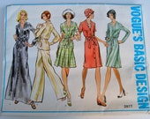 Vogue's Basic Design 2877 Misses Dress Tunic Pants and Skirt Size 14 UNCUT