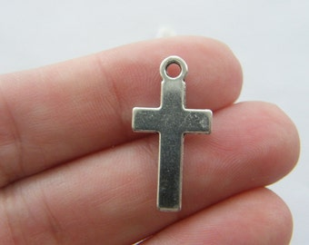 10 Cross charms antique silver tone C57