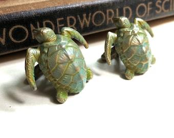 Verdigris Sea Turtle Cufflinks - Green  - Antiqued Brass Patina Cuff Links