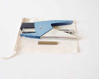 Italian Blue Stapler {Uses Petite Brass Staples} *Free Shipping US Only