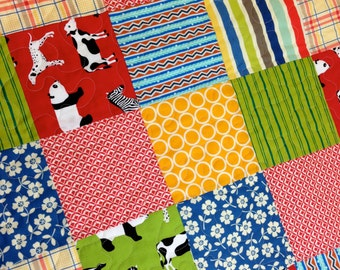 CLEARANCE! 50% OFF! Menagerie, Gender Neutral, Modern Baby Quilt, Crib Quilt, Toddler Quilt, Baby Quilt  33 x 44