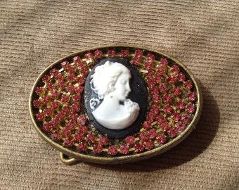 Ladies jeweled belt buckle