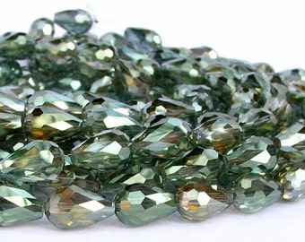 11pcs Olive GREN 15mm x 10mm AB designer glass teardrop drop Beads faceted semi transparent