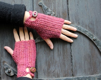 Strawberry crochet mittens with buttons