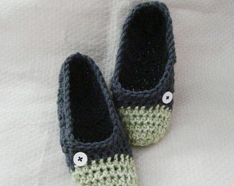 Crochet Slippers Womens Flats Two Tone Green Mix and Dark Gray