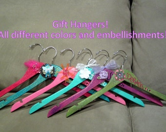 custom painted hangers for QUINCEANERA, parties, birthdays, SWEET 16, or gifts
