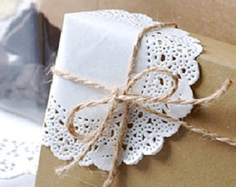 50 Romantic Ivy Lace Paper Doilies (4.5in)
