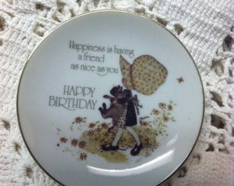 Holly Hobbie Lasting Treasures Birthday Plate UNDER 20