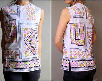 1960s - 70s / Geometric Print / Art Deco / Mod Top .