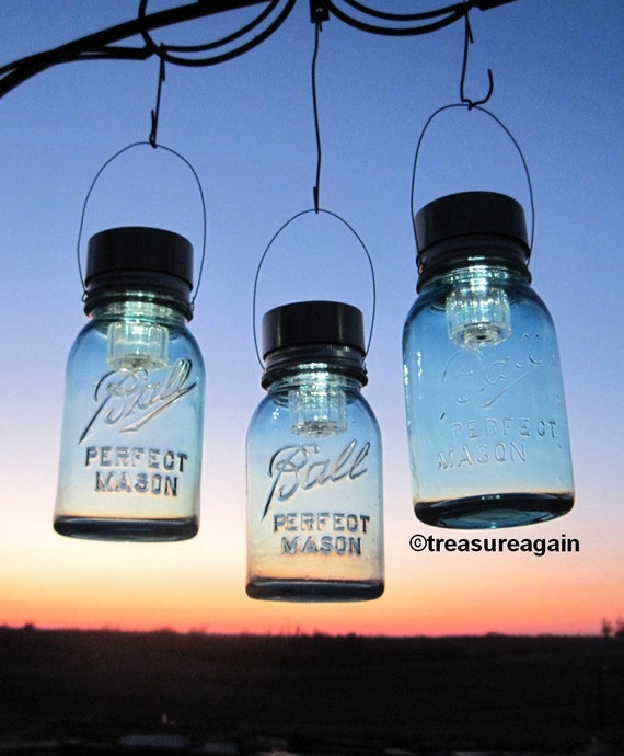 3 Garden Solar Jar Lanterns, Outdoor Night Garden Decor, Country Barn Lights Blue Antique Hanging Jar Lanterns Mason Jar Solar Lights