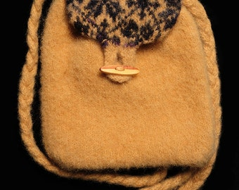 Wool Backpack with Braided Straps and Wooden Button