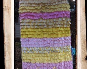 Twin size RUFFLED Quilt I