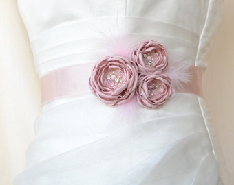 Handcrafted Pale / Blush Pink Three Flowers With Feathers Wedding Bridal Sash Belt