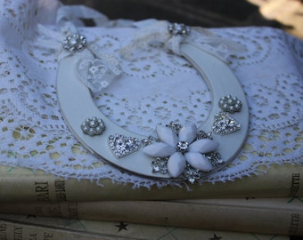 Vintage Style Wedding Bridal Horseshoe
