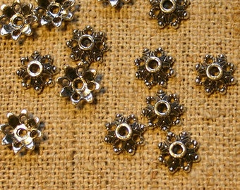 100pcs Antiqued Silver Plated Pewter Bead Cap 9x3mm Flower Fits 6-14mm Bead