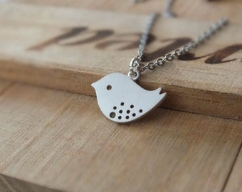 Silver Bird Necklace, Silver Bird Pendant Necklace - Also Available in Gold, Mother Bird Necklace, Simple Delicate Jewelry, Sparrow Necklace