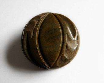 Carved Bakelite Button Moss Green