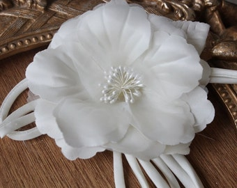 Cute organza  flower   pin 1 piece listing  white  color