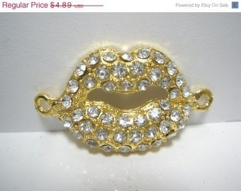 CLEARANCE SALE LIMITED - Lip Links - Spacer - Cross Connector - Charm with Rhinestones - 2 pieces - Gold