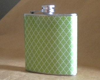 Sorority Gift Green and White Small Quatrefoil Print 6 ounce Stainless Steel Girl Gift Flask KR2D 7680
