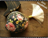Sequins rose coin purse / coin wallet / pouch / kiss lock bag  -GinaHandMade