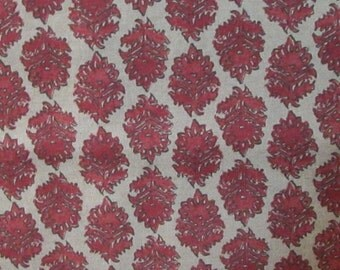 ZIRA CORAL pomegranate/red on linen color field