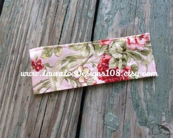 READY TO SHIP, Pink Floral Diaper Strap, Vintage Roses, Diaper Holder, Diaper Keeper, Baby Shower Gift, Nappy Strap, Pink Diaper Strap