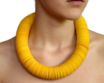 Yellow: Necklace CARTA